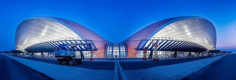 太震撼!北京大兴机场夜景大曝光,原来用了他家的灯具!