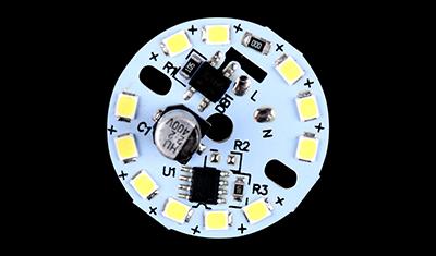 采用贴片电解电容的光引擎